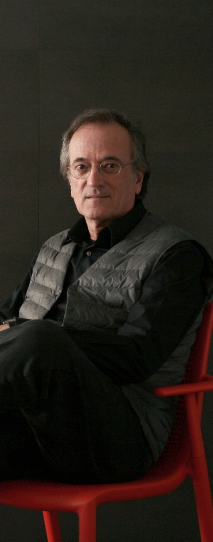Josep Lluscà. Design. Biography and works at Spain is culture.